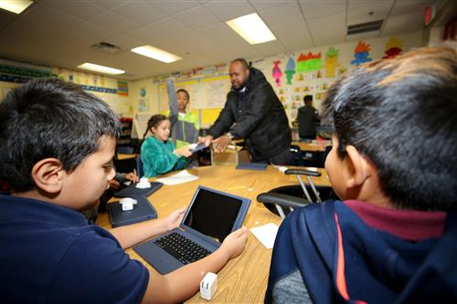Southwest Becomes First South Phoenix Apple School