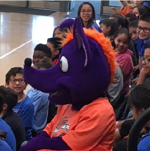 Lopez has Reading Assembly with the Phoenix Mercury